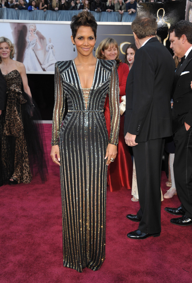 halle_berry best dressed oscars