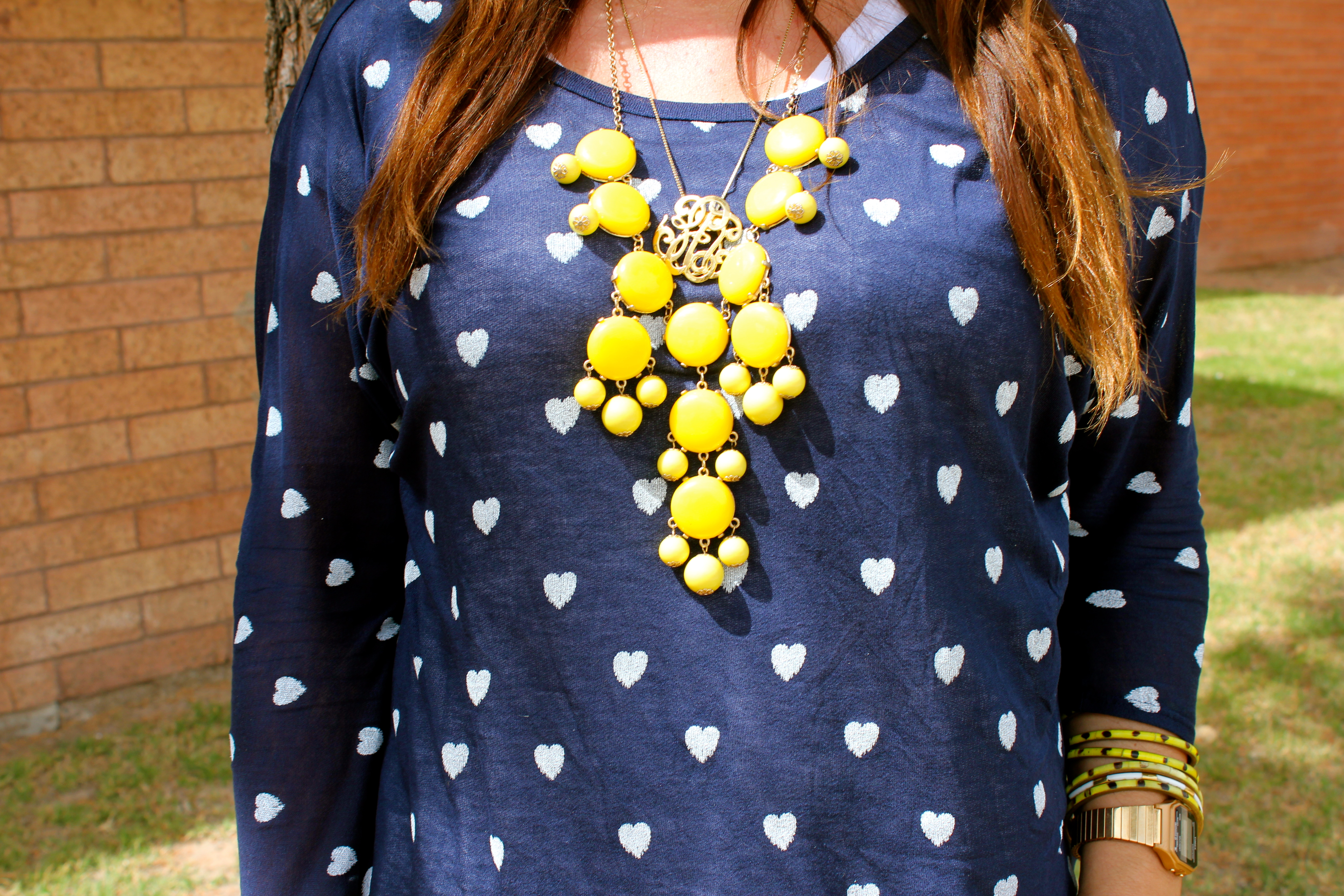 big star blouse, yellow bauble