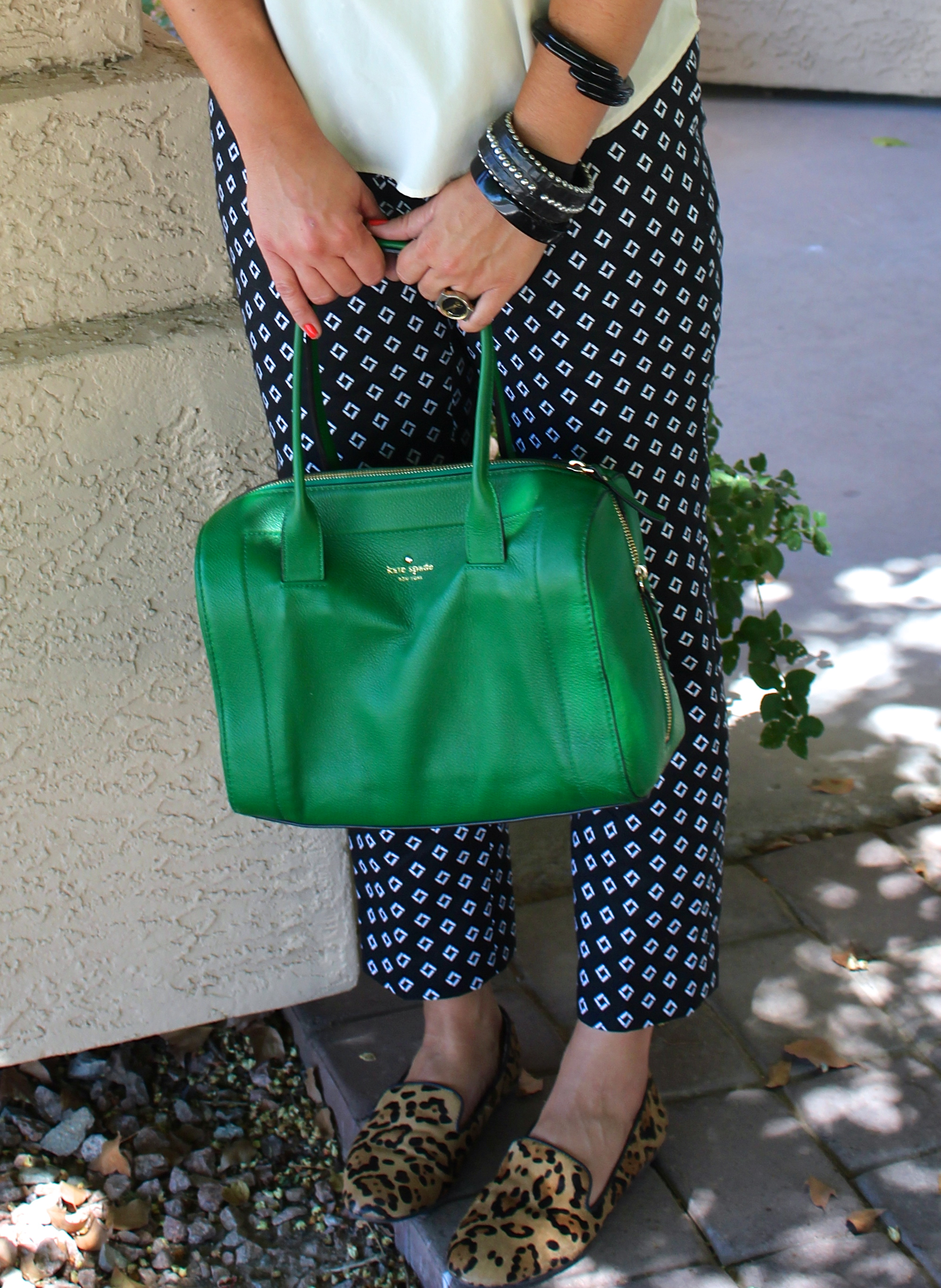 kate spade bag, vince camuto pants, house of harlow sunglasses